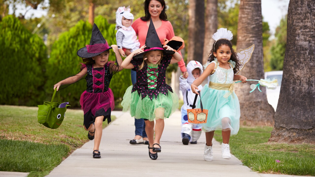 Online petition calls on Chesapeake to change teenage trick-or-treat law