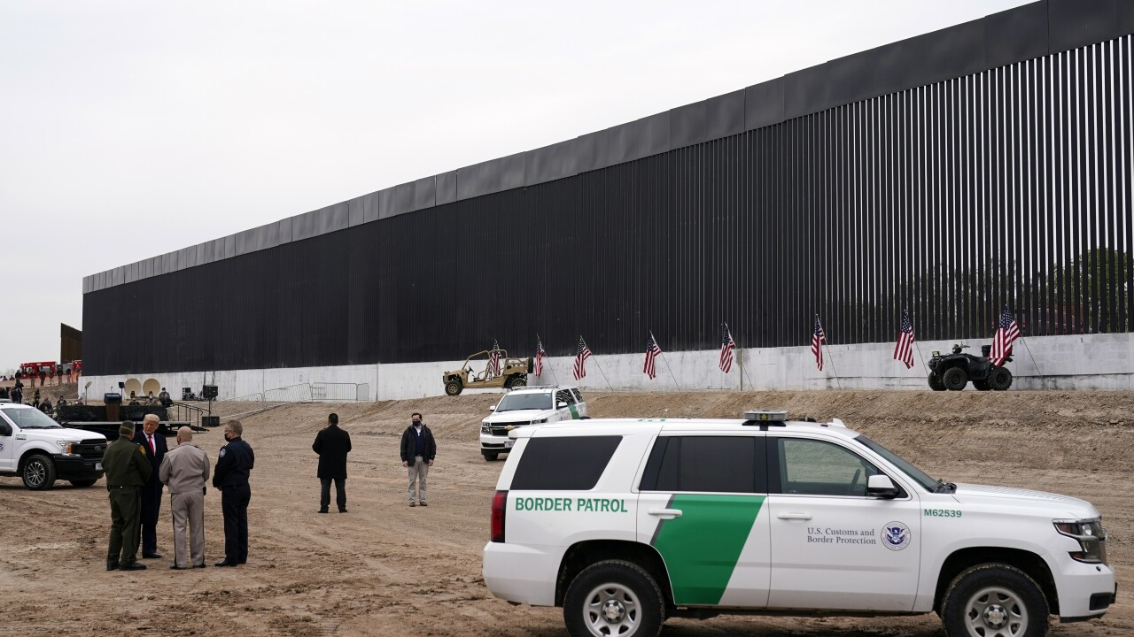 Trump touts immigration policies, 450th mile of border ...