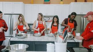A cooking class at Kitchen Social in Fort Myers.