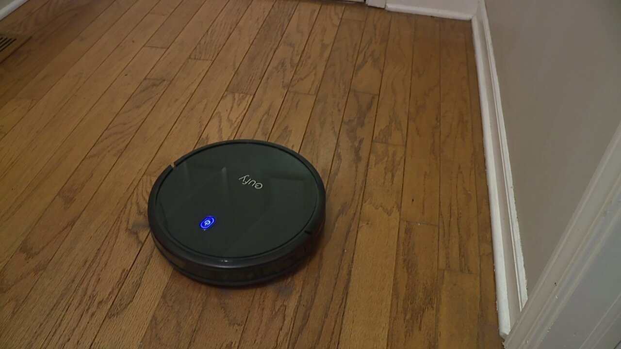 North Carolina couple mistakes robotic vacuum for home intruder
