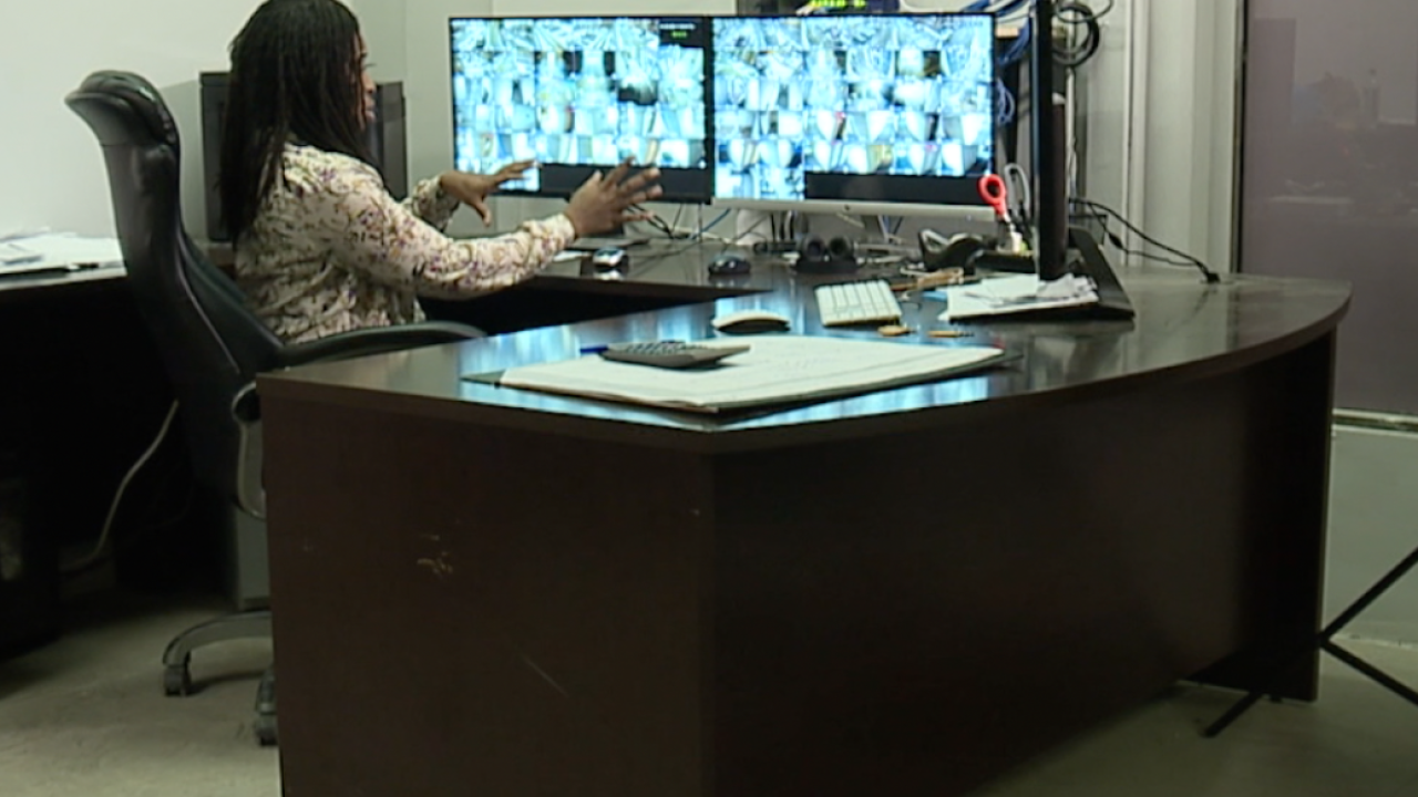 CLE Buckeye residents work to create surveillance camera network, after recent homicide