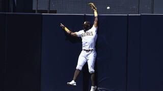 Giants Padres Baseball jorge mateo catch home run