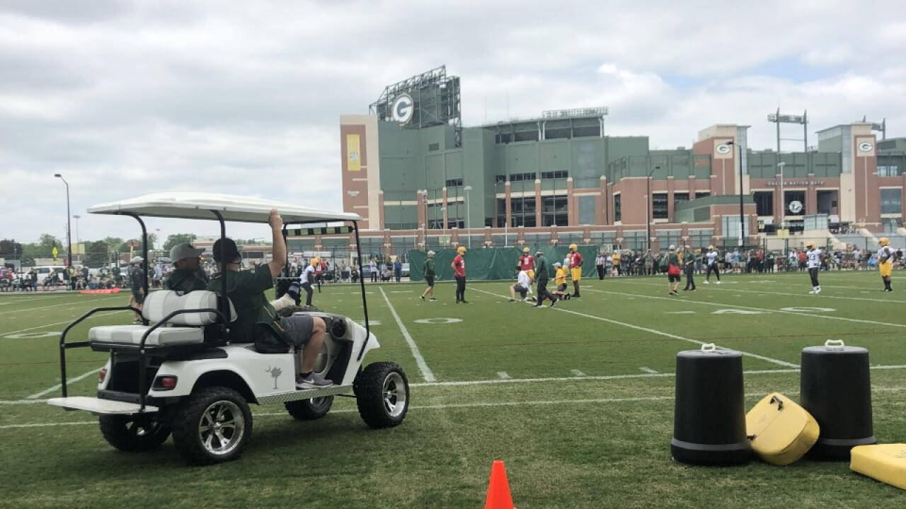 Matt LaFleur coaches from golf cart the day after his Achilles surgery