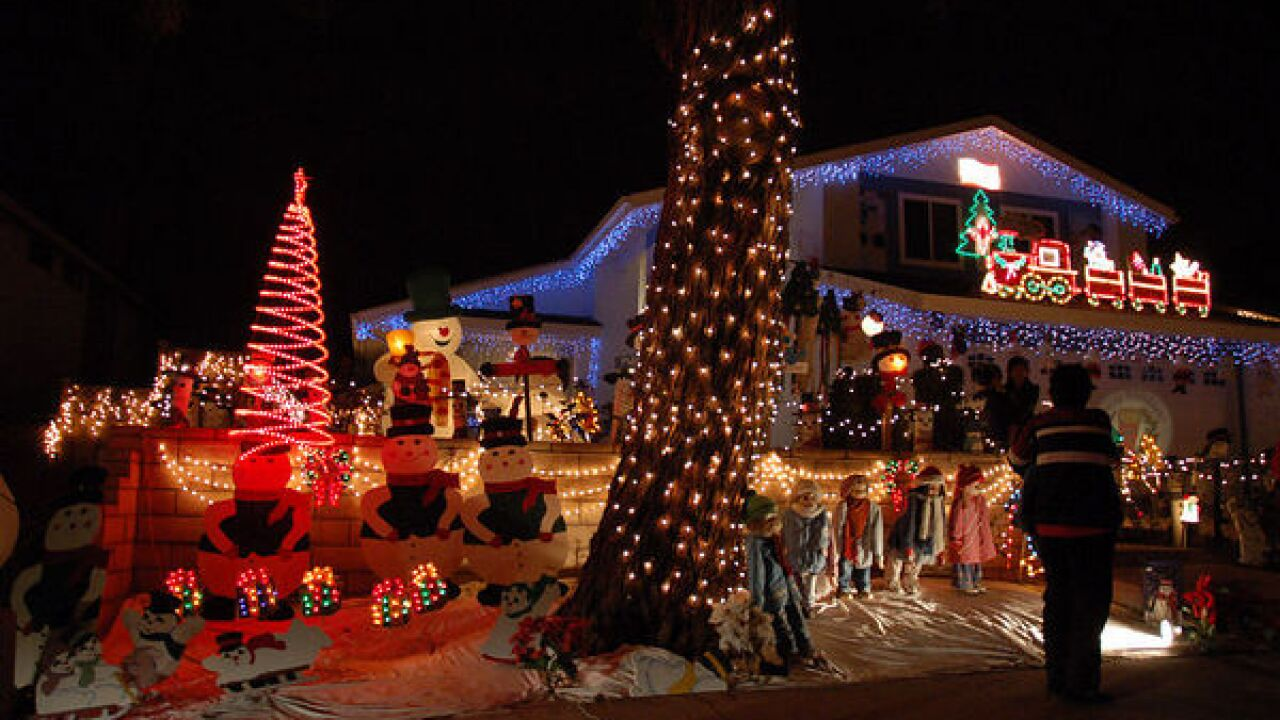 christmas card lane rancho penasquitos