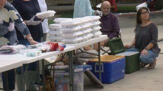 feeding homelesss.jpg