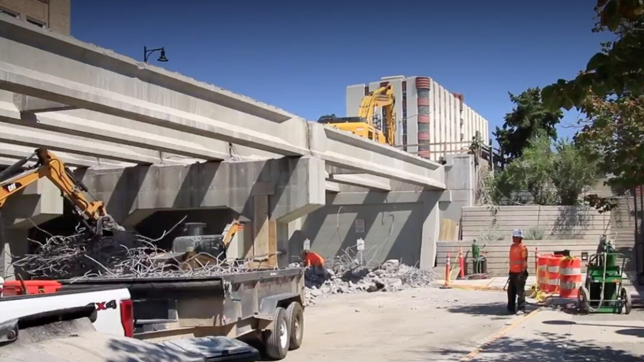 higgins street bridge construction