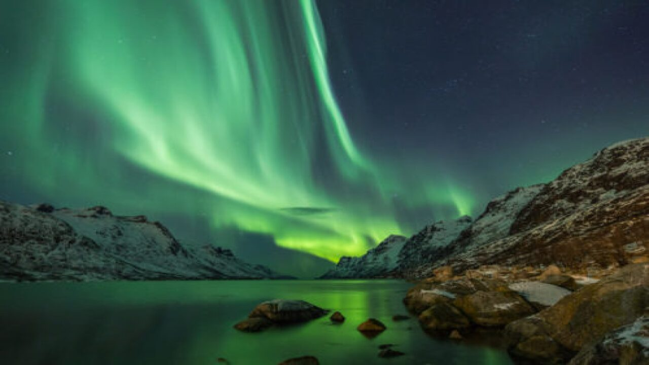 You Can Livestream The Northern Lights Tonight
