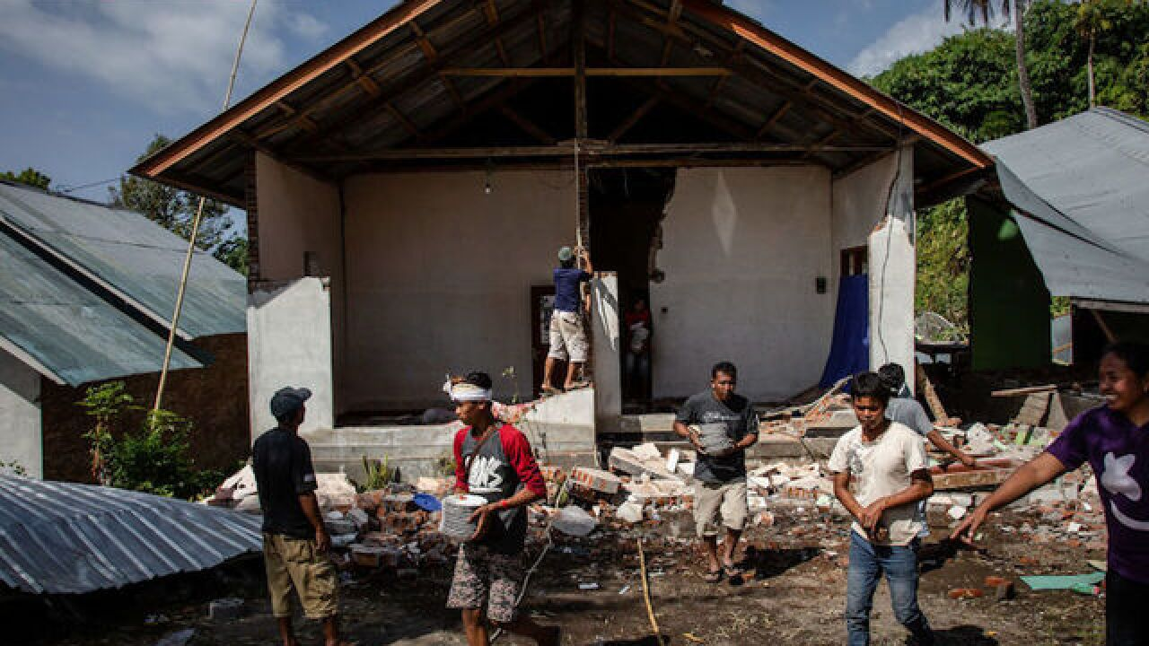 Lombok earthquake death toll surges above 400