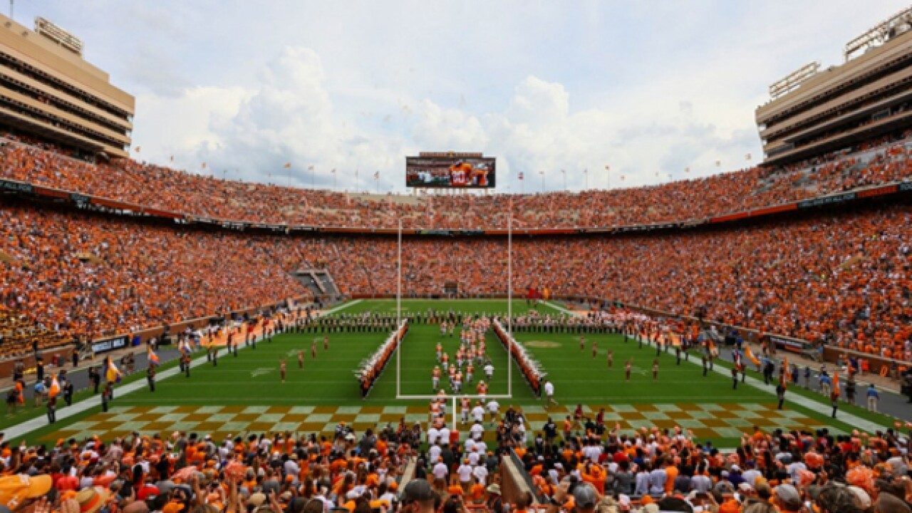 Tennessee Volunteers offer free football tickets to Florence evacuees