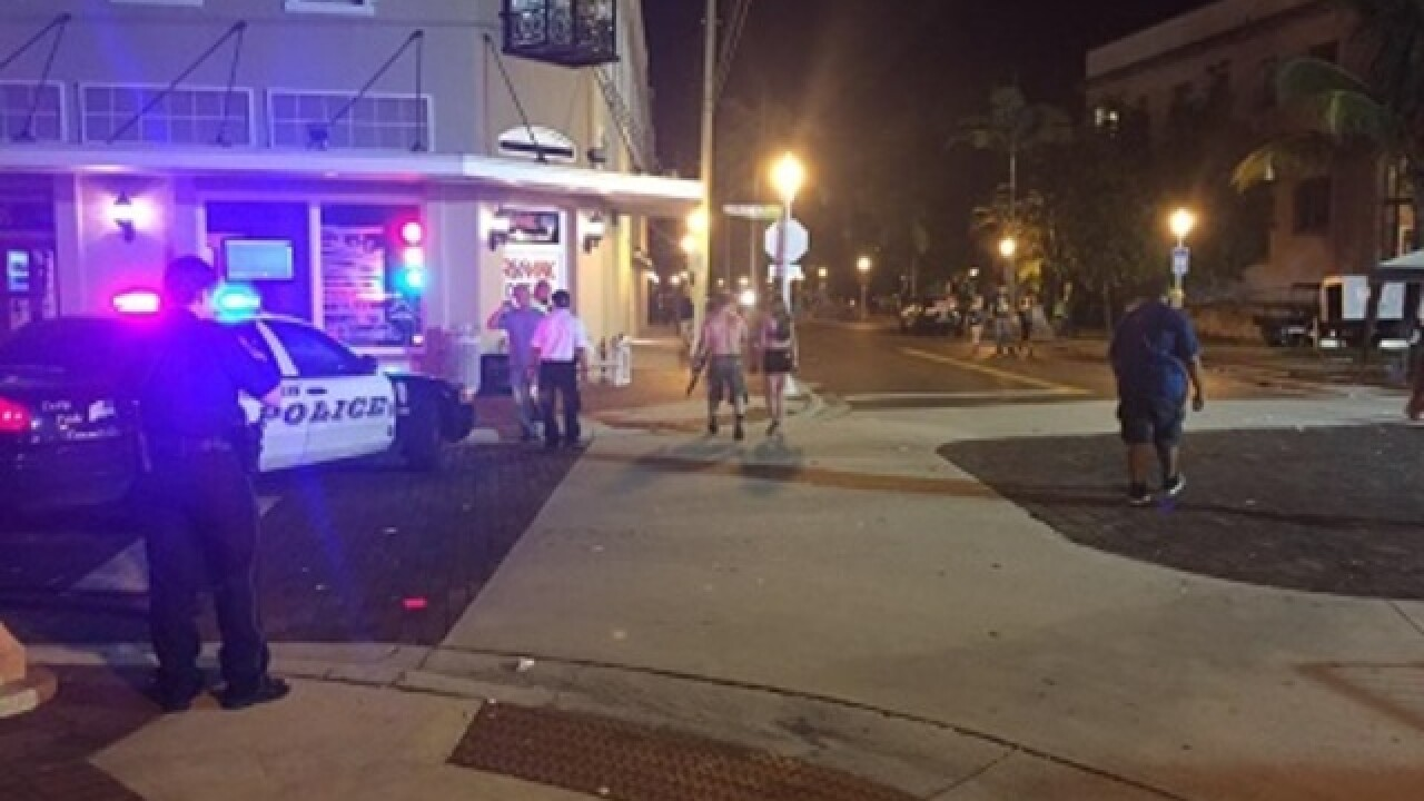 Six shot, one dead at Zombicon event