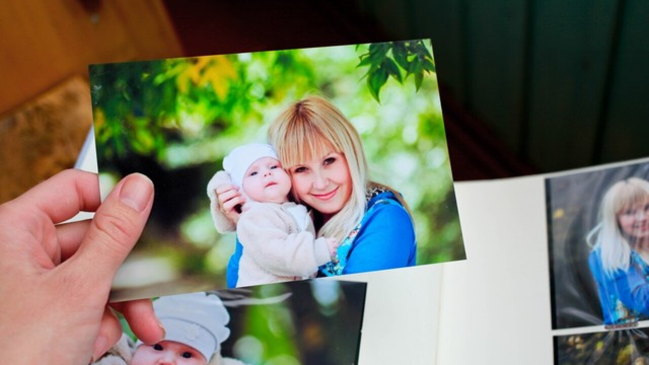You can get 50 free photo prints from Amazon right now