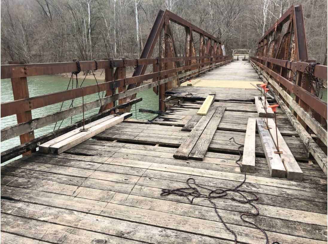 Bridge vandalism.PNG