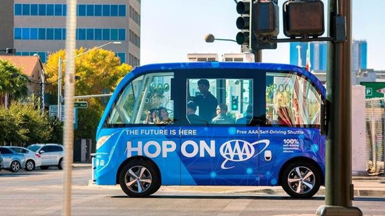 Self-driving shuttle unveiled in downtown Vegas