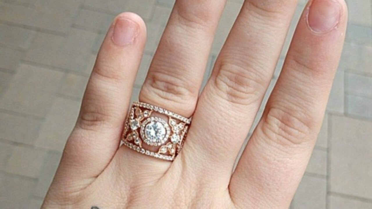 Thief grabs wedding ring, cash from Navy family
