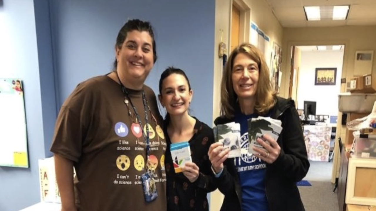 Teachers join together to help feed families in need during coronavirus pandemic