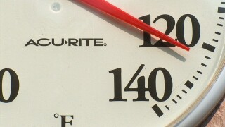 How outdoor workers are staying cool in extreme heat