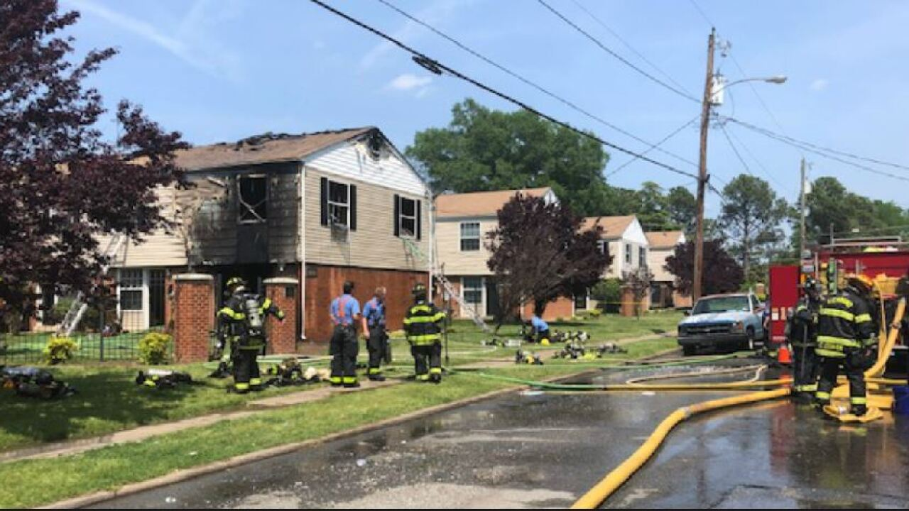 Afternoon fire damages Richmond apartment