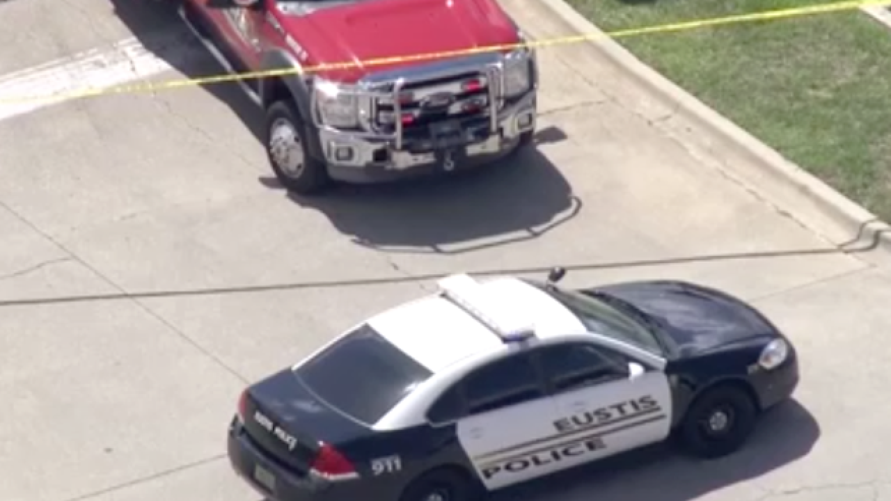Man killed, officer wounded while exchanging fire in Central Florida