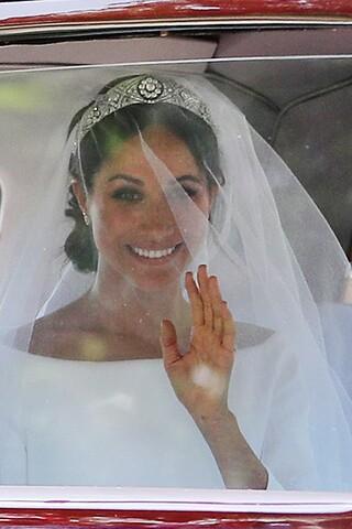 Royal Wedding: See photos of Meghan Markle's stunning wedding dress