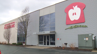 Akron-Canton Regional Food Bank hosting drive-thru food distribution