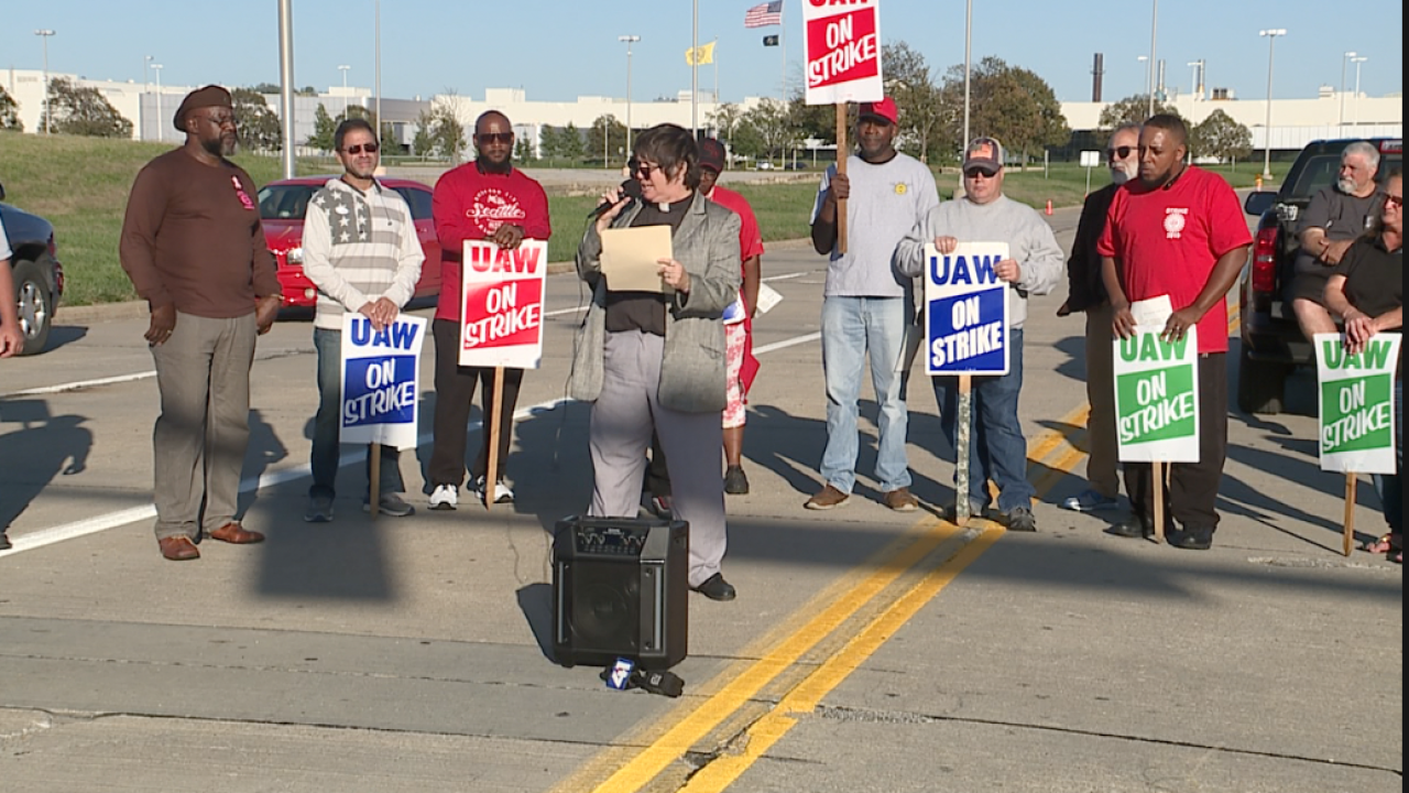 Faith leaders stand with striking workers
