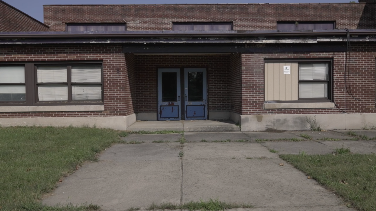 The former elementary school is set for demolition