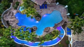 Mansion On Airbnb Has Its Own Swim-up Bar And Lazy River