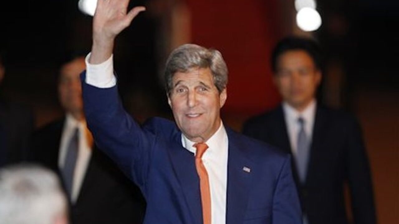 Kerry dismisses posturing ahead of peace talks