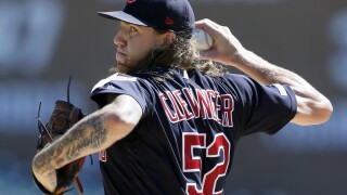 Indians sweep Tigers for 14th straight win over Detroit