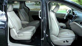 Car Critic: This new minivan does itall