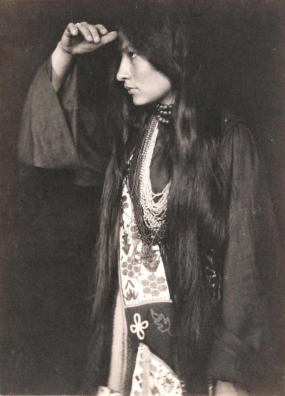Lakota author and activist Zitkála-Šá