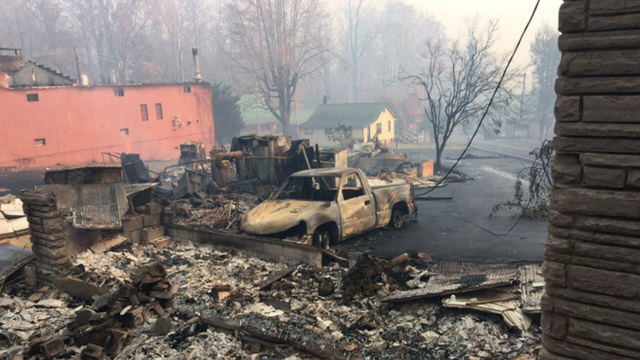 TEMA: Parts Of Gatlinburg Destroyed'