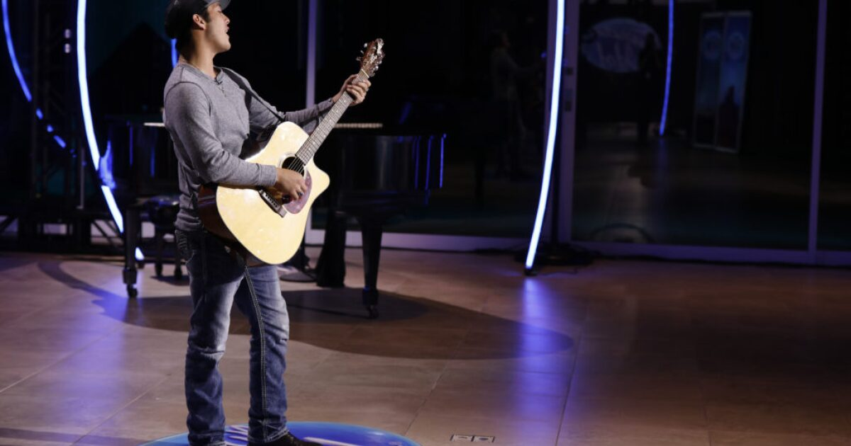 Livingston teen back on American Idol stage