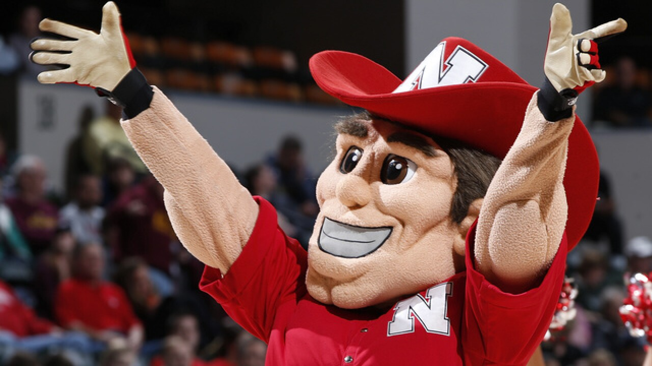 Huskers Land Linebacker Commit