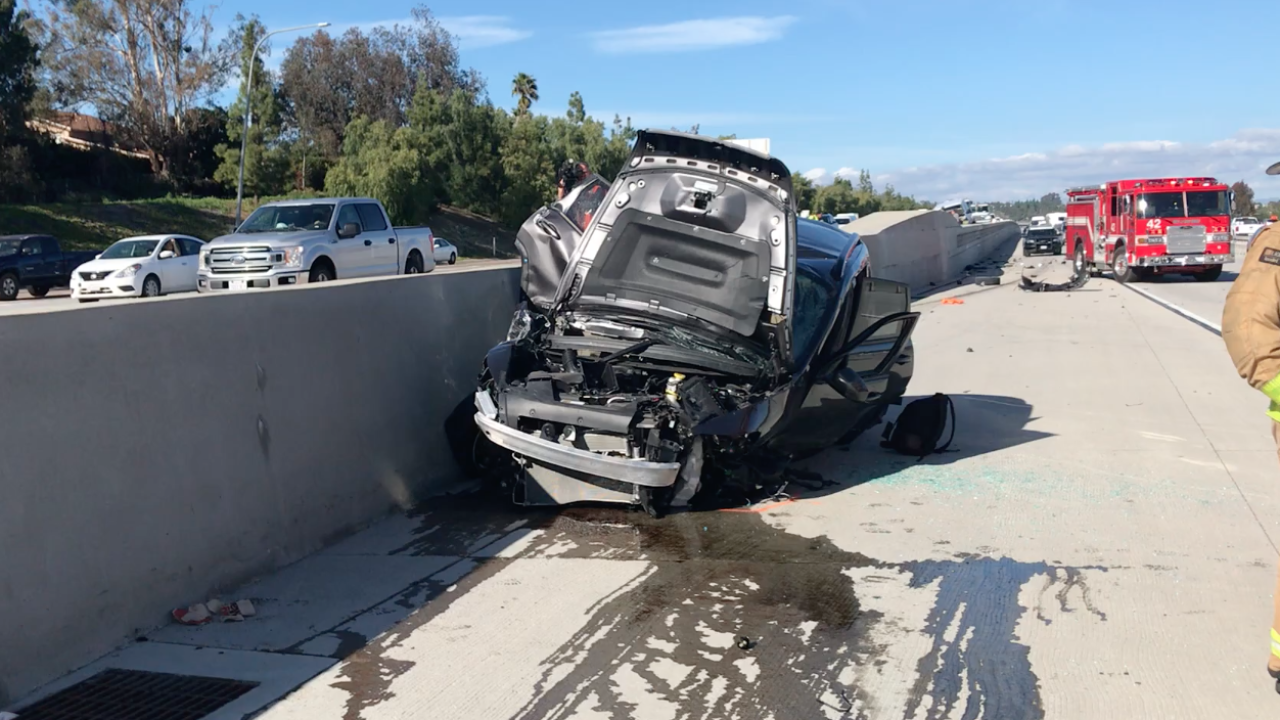 Big rig crash slows commute on Interstate 15
