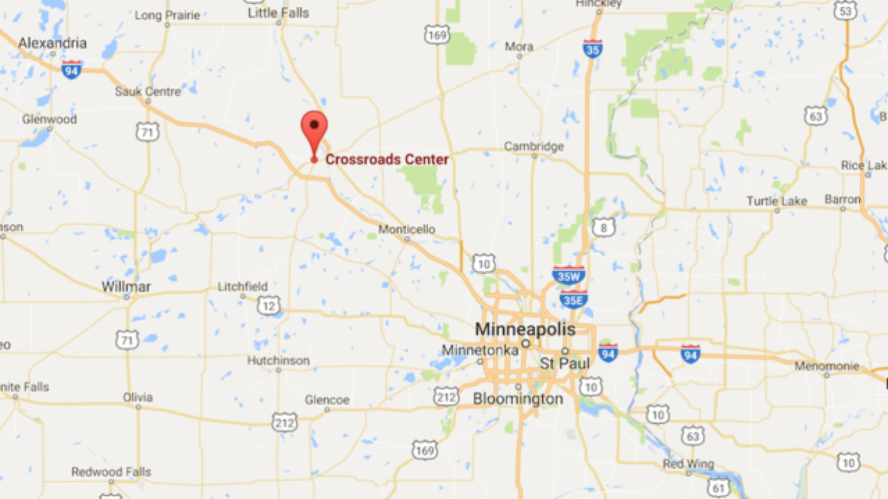 8 stabbed in Minnesota mall; suspect killed