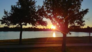 Sunrise over Prospect Lake in Memorial Park