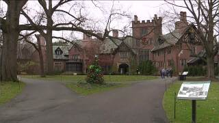 Stan Hywet Deck the Hall