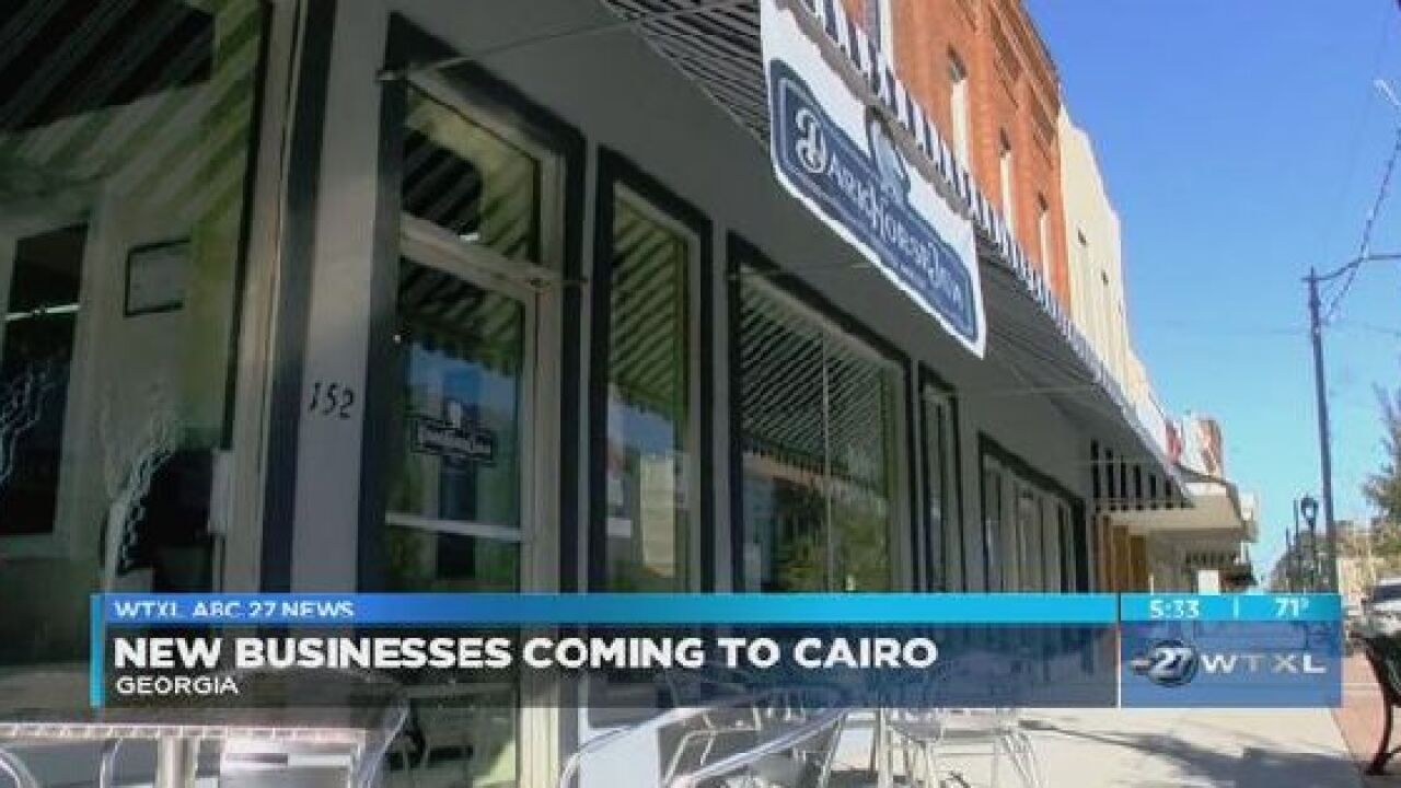 New businesses continue to open in Cairo