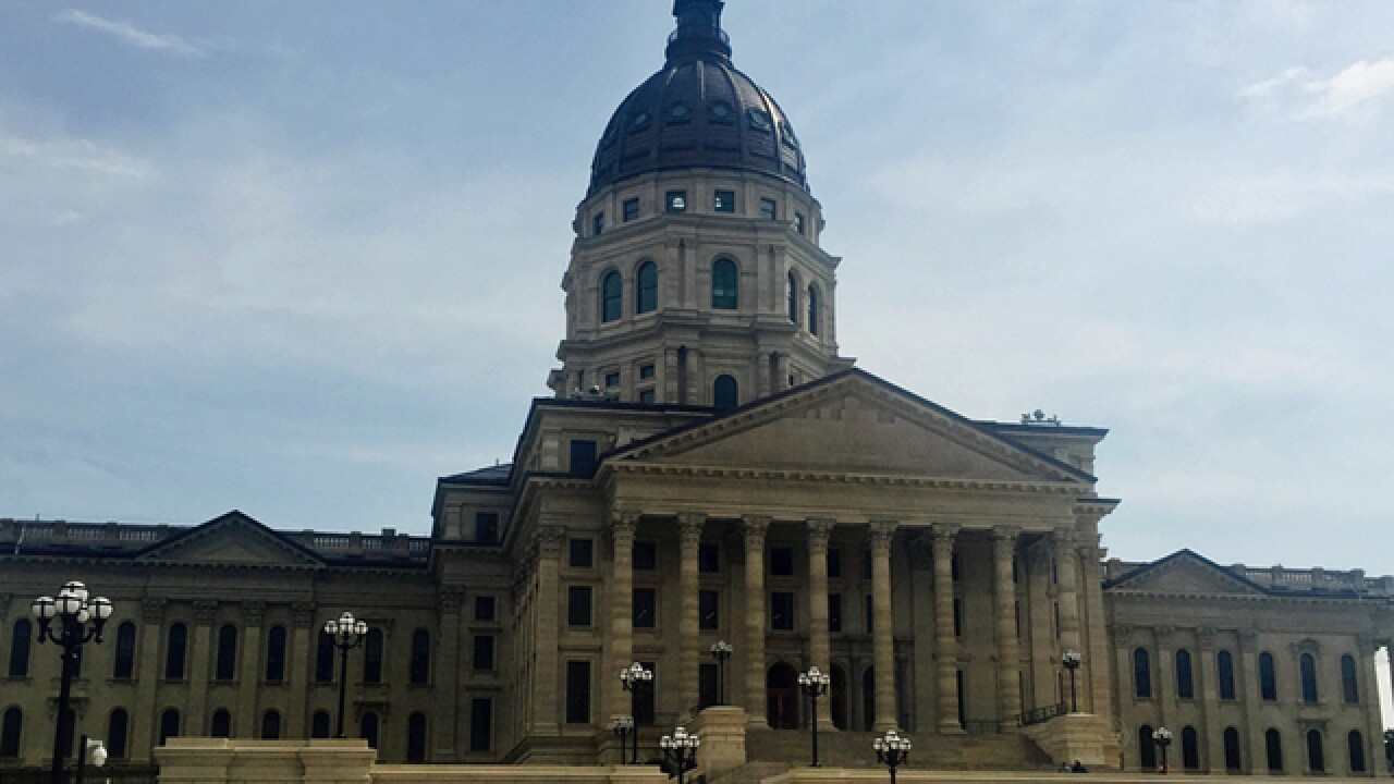 Kansas lawmakers open special session on schools