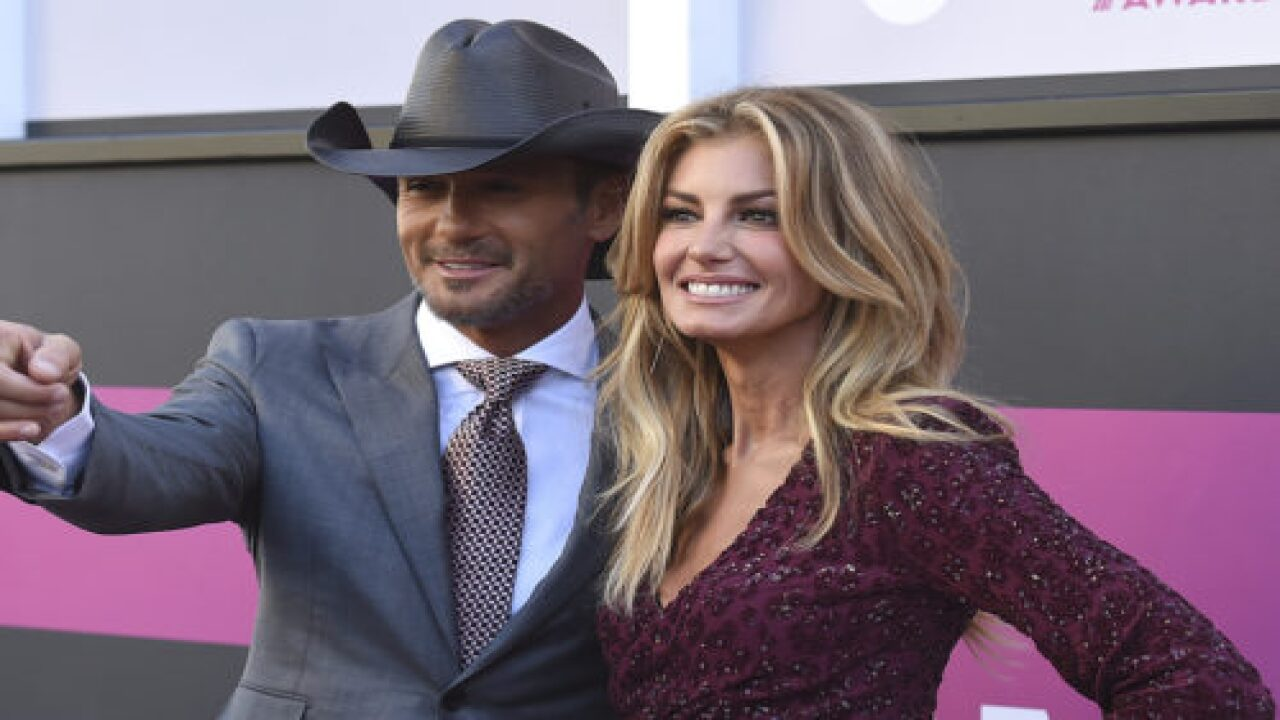Tim McGraw Wrote The Most Romantic Message To Faith Hill On Their 24th Wedding Anniversary
