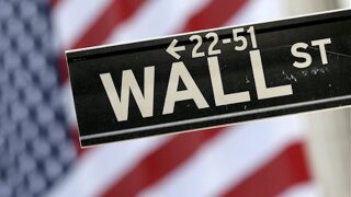 NY official: Wall Street bonuses down amid profit slide