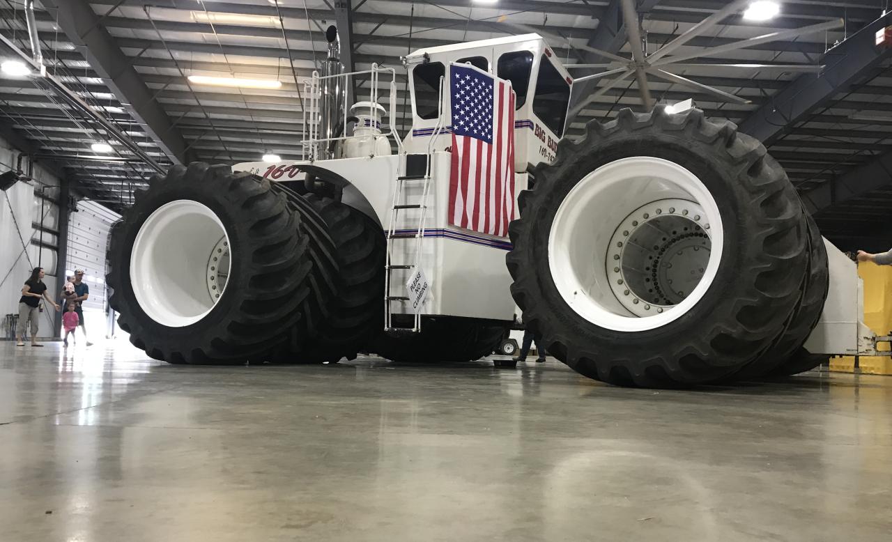 Big Tractor4.png