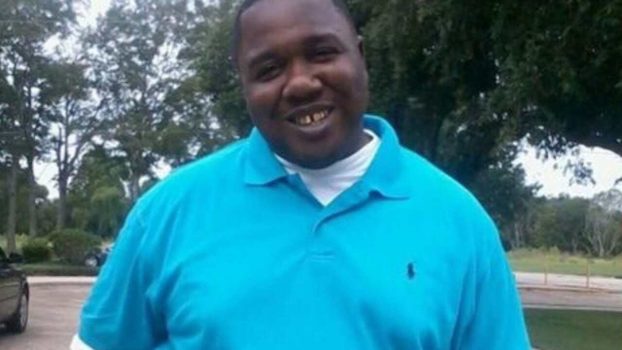 Body camera shows officer threatened to shoot Alton Sterling within seconds