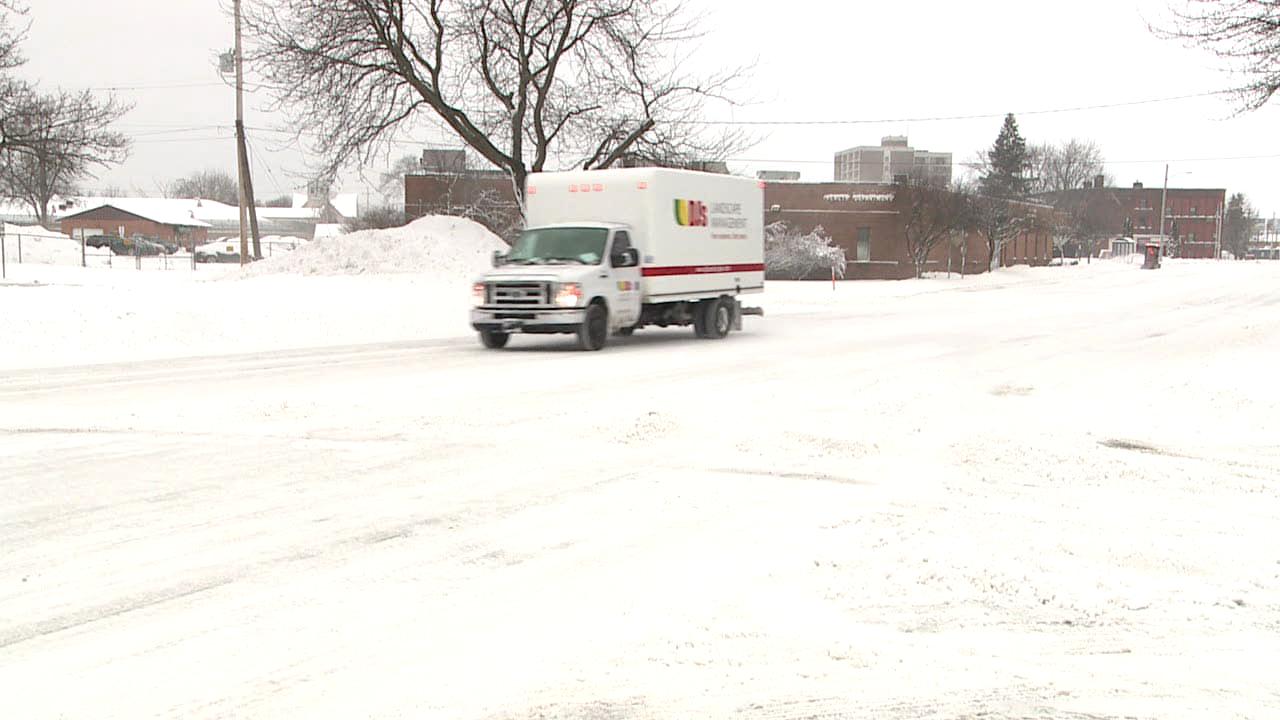 Winter Weather makes roads slick in Muskegon