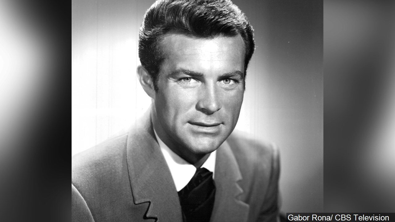 Robert Conrad (1935 – 2020), American film and television actor, singer, and stuntman.jpg