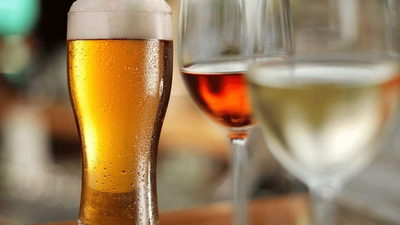 Study finds traces of weed killer in some beers, wines