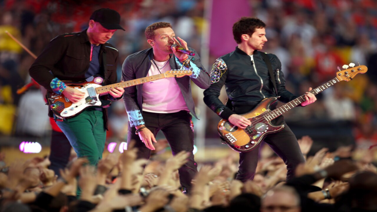 PICS: Coldplay, Beyonc and Bruno at halftime