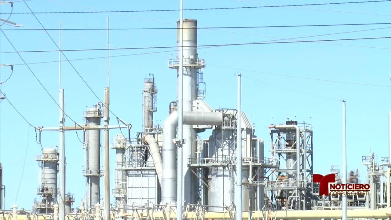 refinerias bencenos 0207.jpg