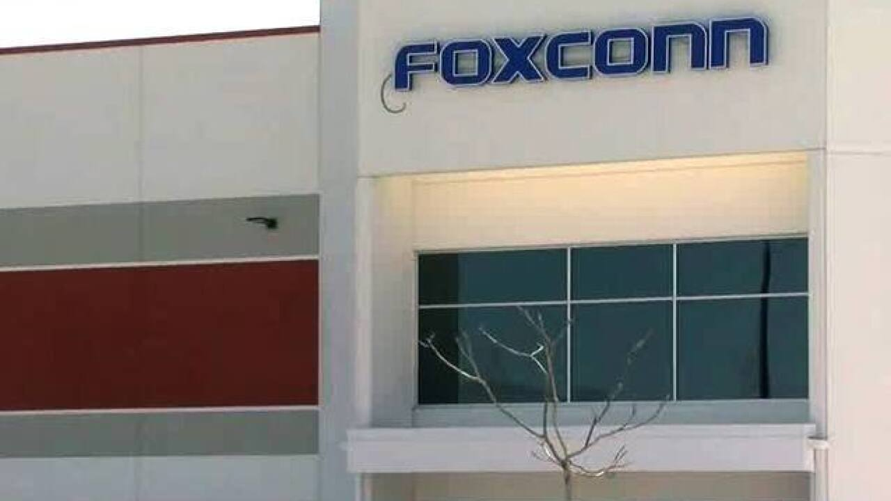 Foxconn casting wide net in search for employees